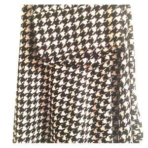 LuLaRoe AL Azure Skirt houndstooth print